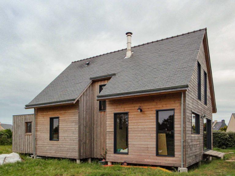 Façade maison ossature bois avec dalle bois
