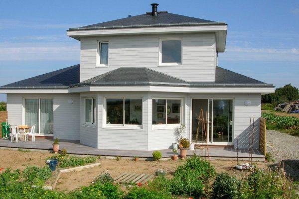 Maison ossature bois, bow-window