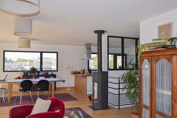 Maison ossature bois, vitrage atelier, cuisine