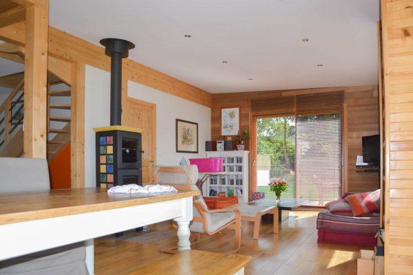 Intérieur maison ossature bois. Séjour