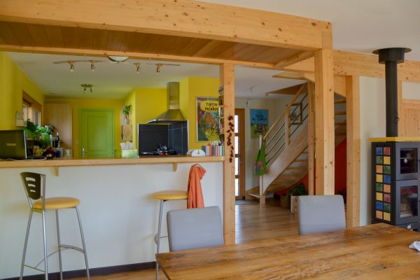 Intérieur maison ossature bois. Cuisine