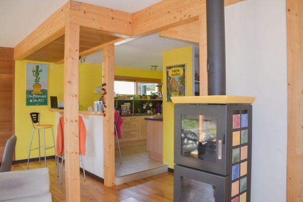 Intérieur maison ossature bois.