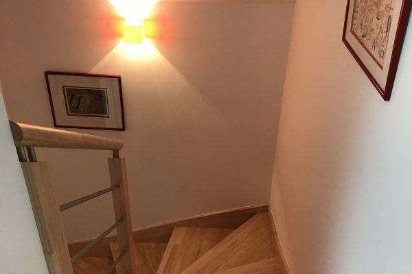 Rénovation intérieure - pose d'un nouvel escalier