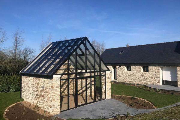 Transformation d'une grange en serre. Verrière aluminium.